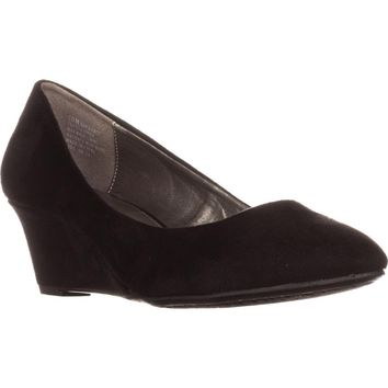 Bandolino Franci Wedge Pumps, Black, 9.5 US