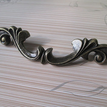 Large Kitchen Cabinet Door Handles Pulls Antique Bronze / Shabby Chic Dresser Drawer Pull Handle Knobs / Vintage Furniture Hardware 531