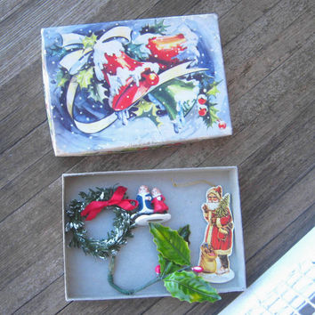 1950s Vintage Christmas Card Box with Mini Wreath; Mini Railroad Couple; Faux Holly;  Saint Nicholas Ornament/Tag - Mini Xmas Supply Box