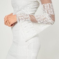 Missguided - White Lace Bardot Flared Sleeve Bodycon Dress