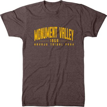 Monument Valley Navajo Tribal Park Men's Modern Fit Tri-Blend T-Shirt