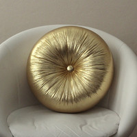 Gold round pillow 16""