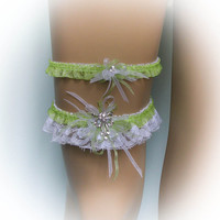 Lace Wedding Garter Set with Crystal Brooch, Spring Green Garter, Bridal Garter Set, Vintage Garter, Stretch Garter, Crystal Garter