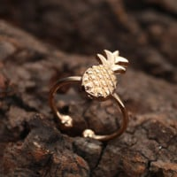 Vintage Super Cute Gold Pineapple Ring