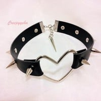CREEPYYEHA | Large Heart Ring Choker | Online Store Powered by Storenvy