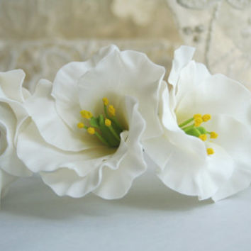 Eustoma flower comb, Bridal flower headpiece, Bridal flower comb, Bridal hair flower, Wedding flower comb, Bridal hair accessories