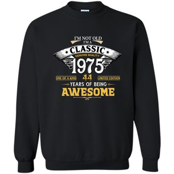 Classic Funny 1975 44th Birthday T-shirts Years Of Awesome Printed Crewneck Pullover Sweatshirt 8 oz