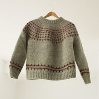 Vintage Scandinavian Style Knit Sweater