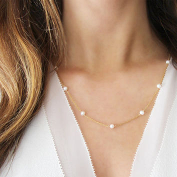 Modern Pearl Necklace | 14kt Gold Filled | Freshwater Pearls