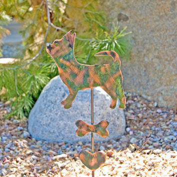Chihuahua Dog Garden Stake / Metal Garden Art / Garden Copper Art / Metal Plant Stake / Pet Memorial Dog / Chihuahua Sculpture / Pet Marker