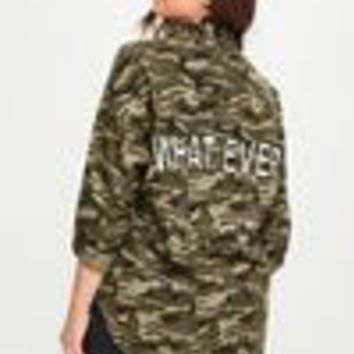 Missguided - Plus Size Khaki camouflage Slogan Shacket
