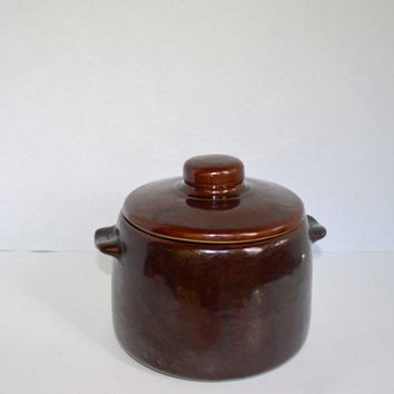 Vintage Brown Pot  with Lid, Westbend Bean Pot with Thumb Print Handles, Vintage Casserole Cookware,  Vintage Stoneware Serving Piece