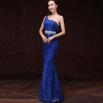 Suosikki 2017 Mermaid Prom Dress New arrival One Shoulder Back See Through Crystal Lace Floor Length Evening Dress