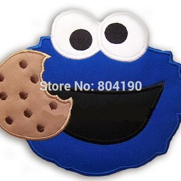 "6.3"" LARGE Sesame street Cookie Monster with cookie Christmas Party Applique Film TV MOVIE Cute Cartoon Embroidered Patch Badge"