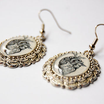 Anatomical Heart - Medical Retro Illustration - Handmade Vintage Cameo Pendant Dangle Earrings