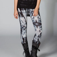 FULL TILT Tie Dye Womens Leggings 218458125 | Leggings | Tillys.com