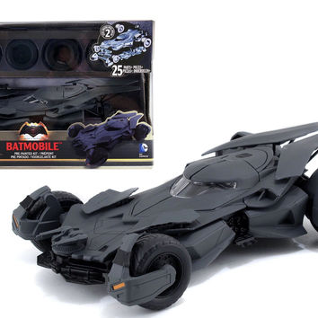 Jada Diecast Superman vs Batman Black Matte Batman Batmobile 1:24 Model Kit
