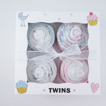Twin Boy and Girl Baby Gift  - 12 piece set Baby gift for Twin Boy and Girl - Boy Girl twins