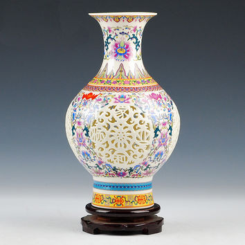 Handmade Chinese-style Palace Restoring Ancient Ways Jingdezhen Hollow White Ceramic Vase Flower Decoration Vases