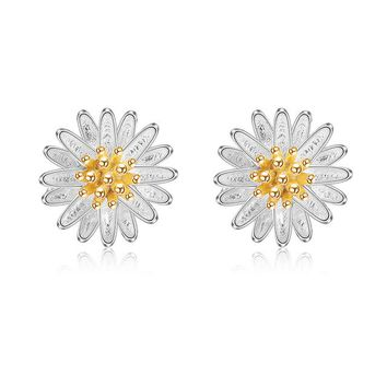 100% 925 Sterling Silver Darling Daisy Stud Earrings For Women and Girls.    Pretty and Feminine.    ***FREE SHIPPING***