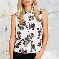 Pins & Needles Sleeveless Floral Shirt in Ivory - Urban Outfitters