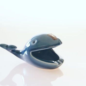 Italian ceramic blue whale ashtray, Ceramica D'Arte Salerno Italy, vintage whale figurine, retro animal ashtray, whale decoration