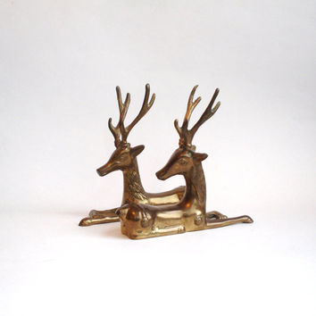 SALE 2 Brass Sitting Reindeer Deer Stag Vintage Pair Figurine Statue Bookends Paperweight