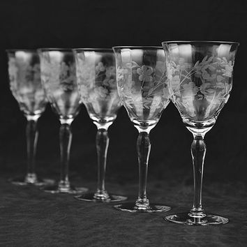 Set of Five Vintage Crystal Stemware Water or Wine Goblets Etched Glass Flower Leaf Design Delicate Pattern Wedding Dinner Anniversary