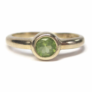 Vintage 10K Yellow Gold Peridot Engagement Ring Size 6.5