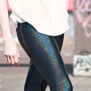 Metallic liquid leggings - shiny holographic black spandex for women, street style fashion urban - medium