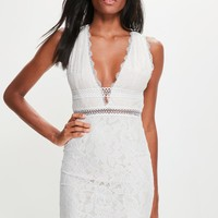 Missguided - White Lace Plunge Sleeveless Dress