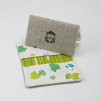 Business Card Case, Credit Card Holder, Fabric Gift Card Wallet in Green Frog