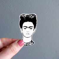 Frida Kahlo brooch or magnet - mexican painter - surrealism - eyebrows
