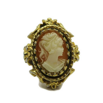 Cream Cameo Ring, Vintage Goldtone Costume Jewelry Ring, Orange Cameo Victorian Style Ring, Fun Jewelry, Gift for Her, Size 8