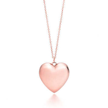 Tiffany & Co. - Tiffany Hearts® pendant in RUBEDO® metal, medium.