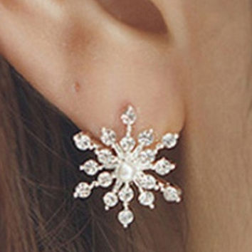 hot sale new  Fashion twinkling Crystal Rhinestone creative   lovely  Snowflake Vintage  Star Ear  Stud Earring Wedding Bridal Gift Jewelry fashion  jewelery  Accessories   for ladies and girls = 1946716356