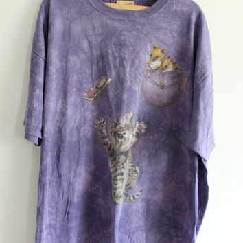 Huge Playful Kitten 90s Tee