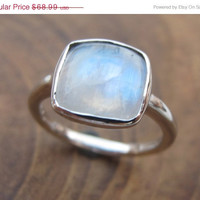 SALE Cabochon Moonstone Ring- Rainbow Moonstone Ring- Black Rhodium Ring- Stone Ring- Gemstone Ring- Silver Moonstone Ring- Rainbow Ring- Ri