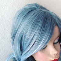 1960's hairstyles inspired Grayish blue / Light blue gradient color Long curly hair long side bangs durable daily / cosplay wig