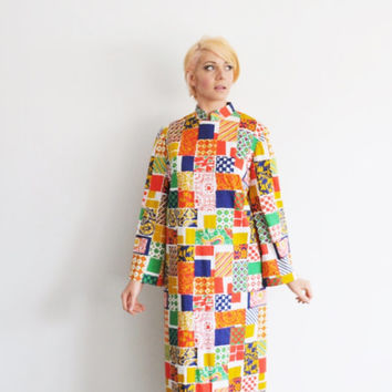 house of cards shift dress . 1960 mod square pattern .medium.large