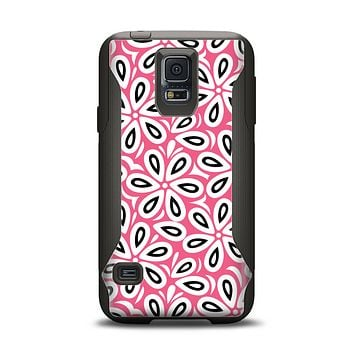 The Pink and Black Vector Floral Pattern Samsung Galaxy S5 Otterbox Commuter Case Skin Set