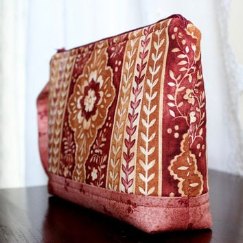 Wristlet - Cosmetic pouch - Small purse - Zippered Wristlet