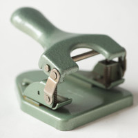 Vintage Holes Puncher, Industrial Office Supply Punch Paper Hole, Pastel Green Hole Punch, Pale Green Retro Two Hole Punch Stationery