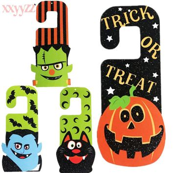 XXYYZZ 2018 New Skull Cartoon Cat Ghost Pumpkin Hanging Hook Door Hanger Hanging Door Ornaments Halloween Cosplay Party Pubs