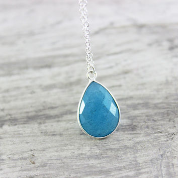 Apatite Gemstone Necklace, Blue Gemstone Necklace, Bezel Pendant Necklace, Sterling Silver Necklace, Blue Pendant Necklace, Blue Apatite