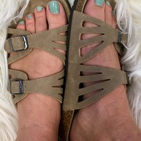 Carry On Sandal Birkenstock Inspired - Tan