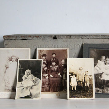 vintage antique photographs / old pictures / children photos