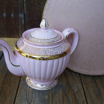 Pink and Gold Hollywood Regency Teapot, Glamour, Gorgeous Gold Detailing