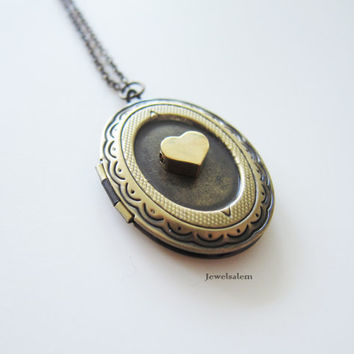 Gold Heart Locket Customised Antique Brass Oval Locket Custom Modern Layering Necklace Long Necklace Friendship Sister Gift Bridesmaids