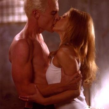 Buffy The Vampire Slayer Cast Spike Buffy Kiss Metal Print 8in x 12in